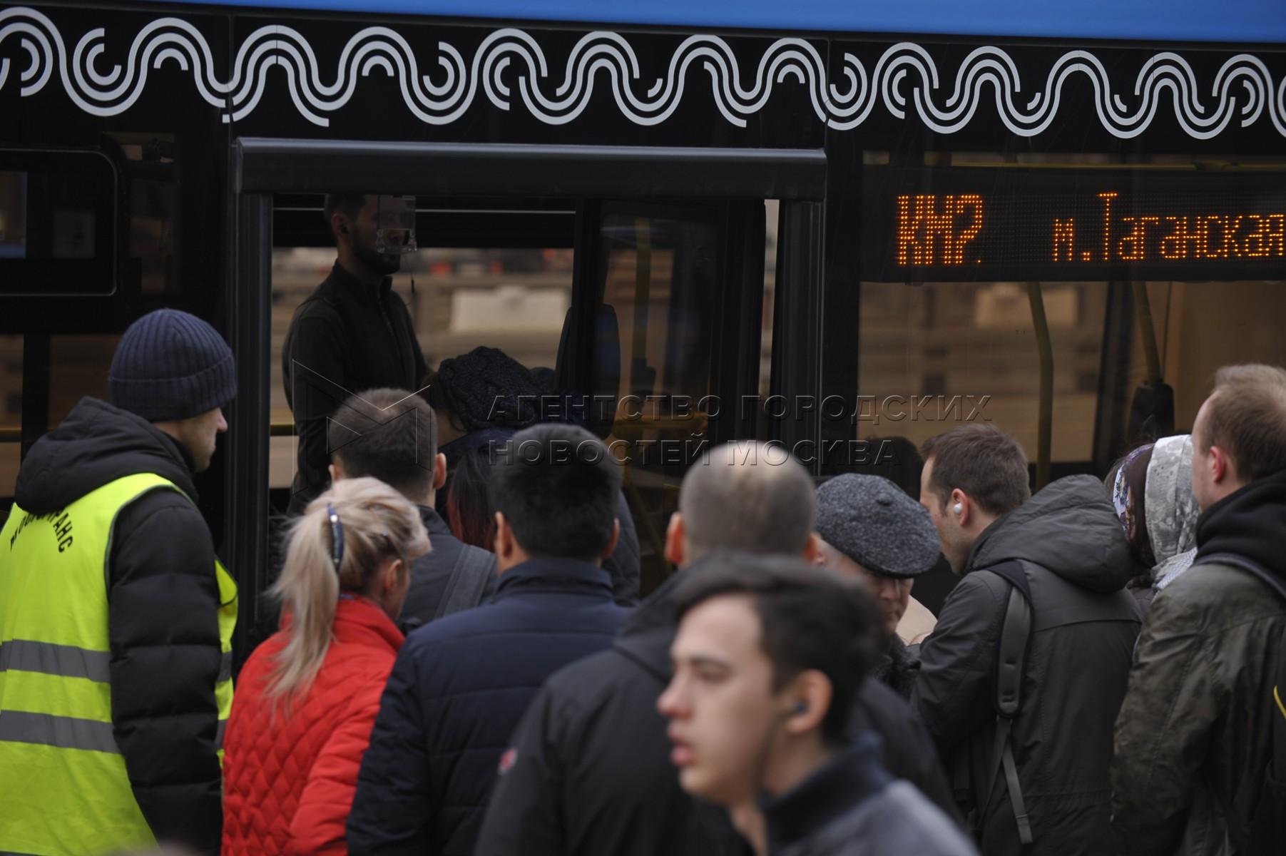 Работа бесплатных компенсационных автобусов в связи с закрытием участка Таганско-Краснопресненской линии между станциями «Пролетарская» и «Котельники» с 6 по 10 апреля из-за строительства Некрасовской линии метро.