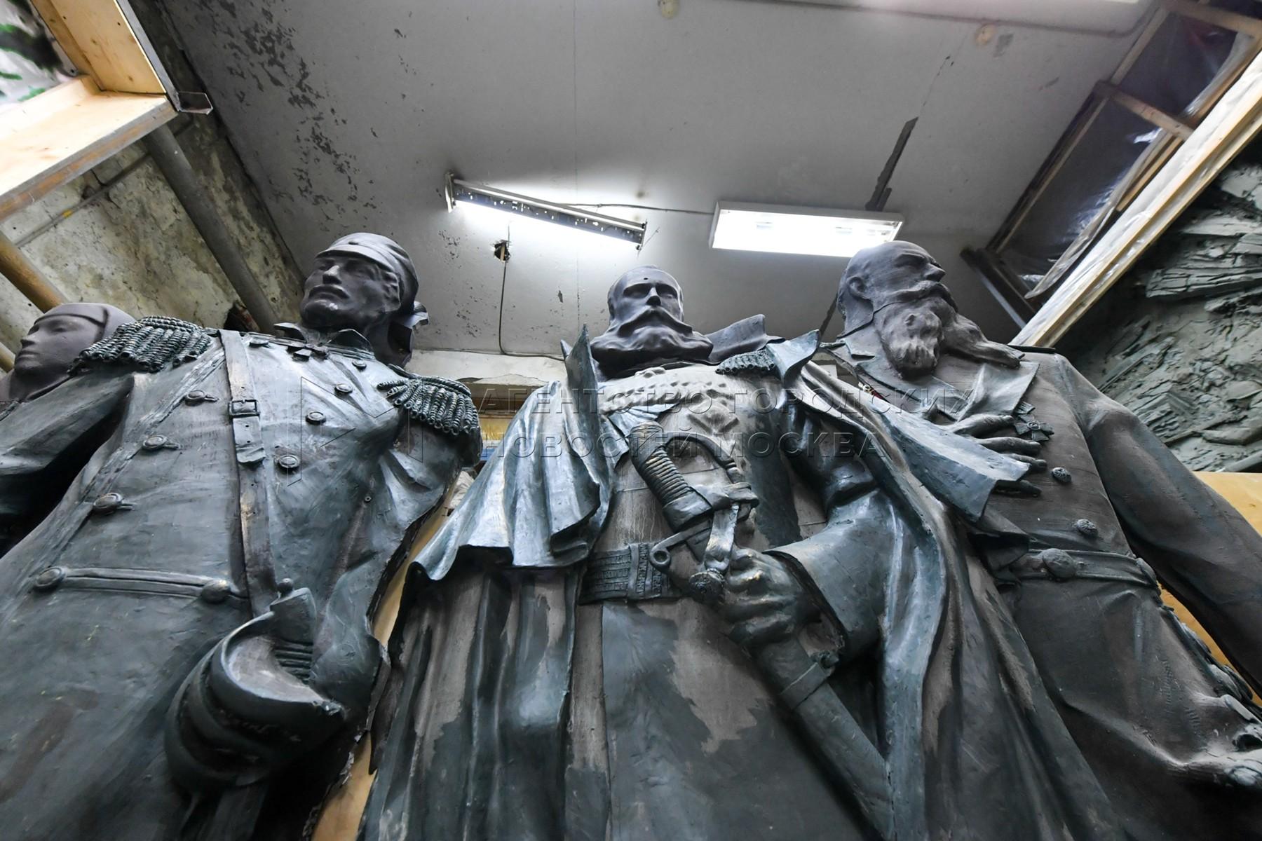 Изготовление элементов убранства для главного храма Вооруженных Сил России в мастерской скульптора Салавата Щербакова.