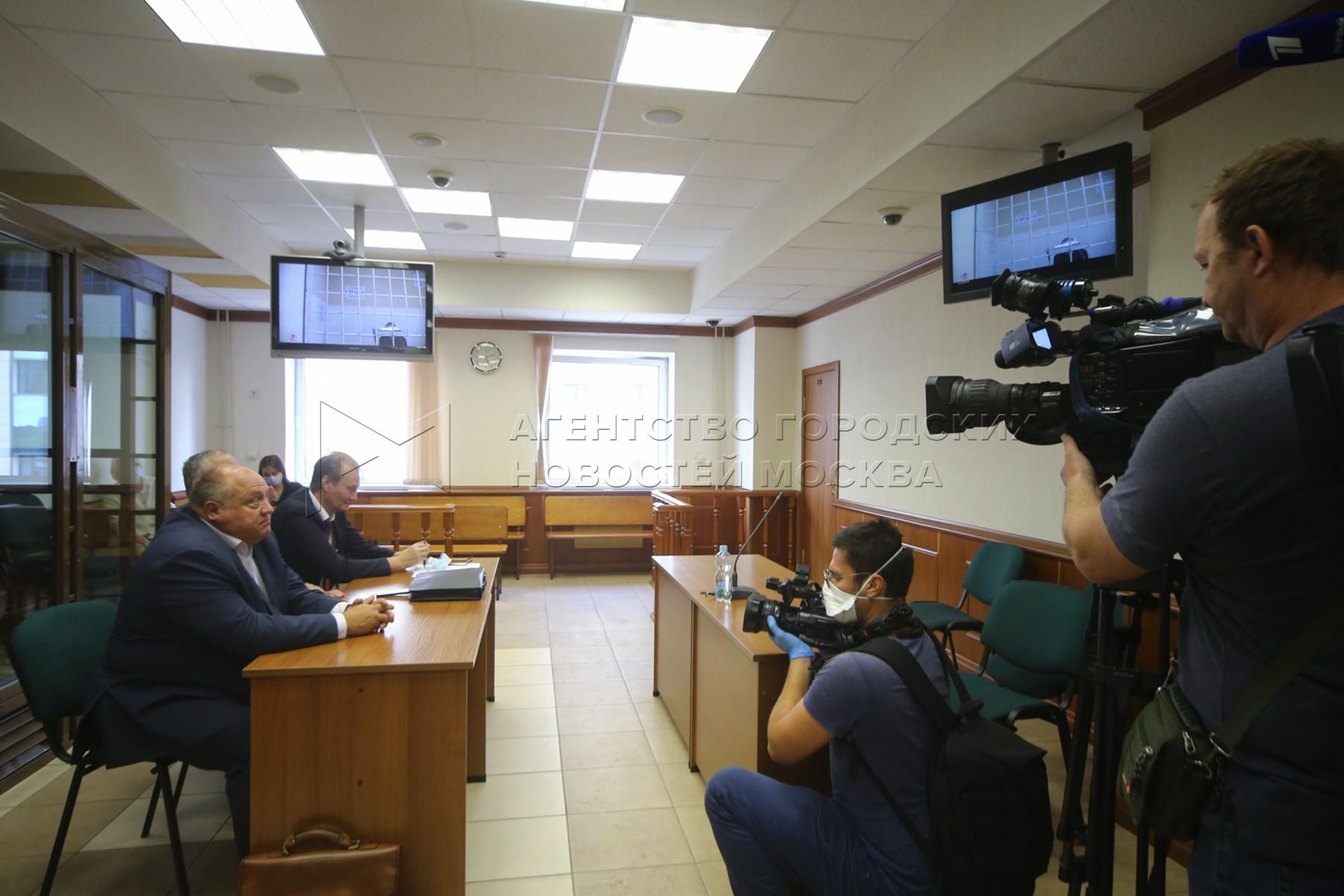 Рассмотрение в Московском городском суде апелляционных жалоб на арест фигурантов дела о продаже детей от суррогатных матерей.